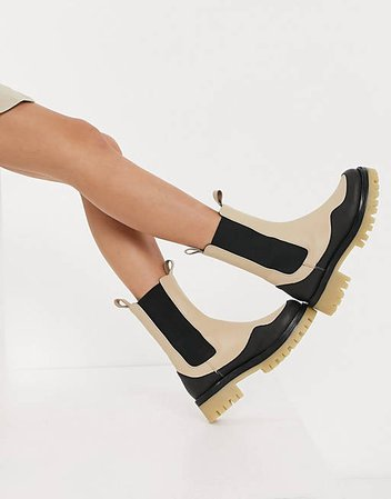 ASOS DESIGN Admire premium leather chunky chelsea boots in cream | ASOS