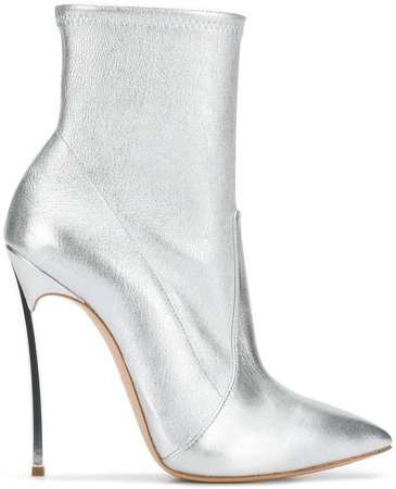 Blade ankle boots