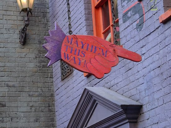 Diagon Alley Mayhem This Way | Harry Potter