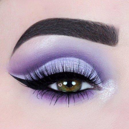 lilac eye look