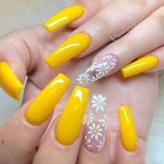 yellow nails]