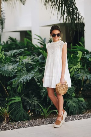 the perfect little white dress - Lauren Kay Sims
