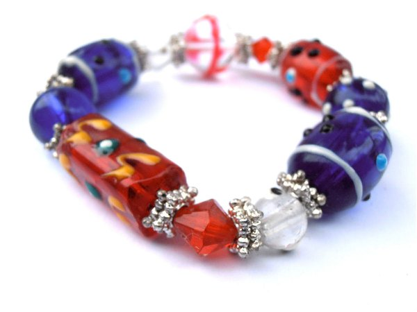 Handmade Blue Red White Glass Bead Bracelet Elastic Kawaii Cute 4th of July 4 Costume Jewelry Theme Stretch One Of O Kind OOAK Crystal - Villa Collezione Boutique