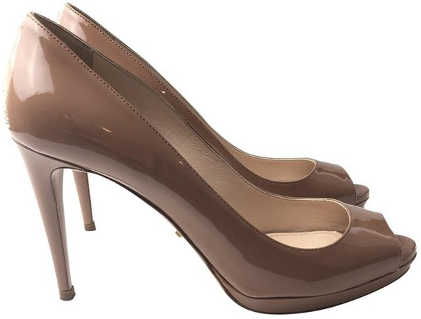 Camel Patent leather Sandals