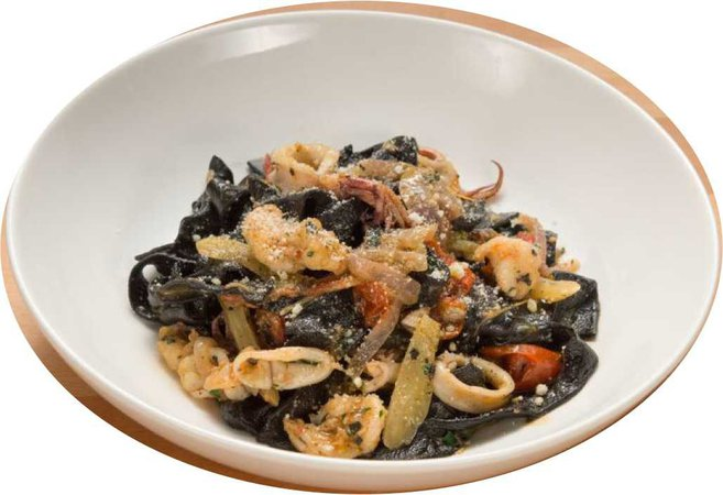 pasta with squid and shrimp in cherry tomato sauce