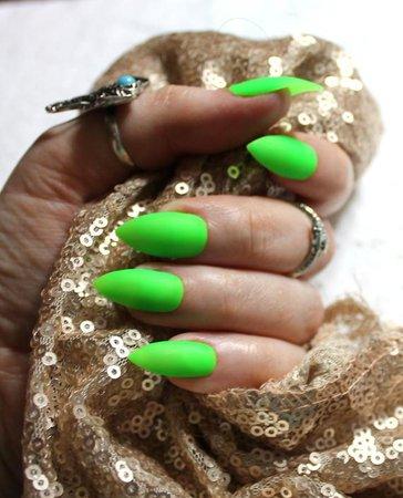 Cute Neon Green Nails