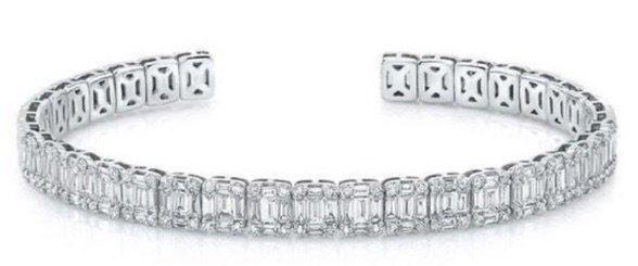 WHITE GOLD BAGUETTE DIAMOND LUXE CUFF BRACELET