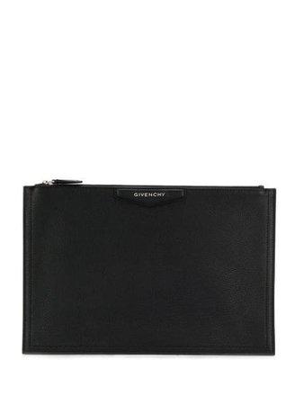 Givenchy Large Antigona Clutch BB609BB00B Black | Farfetch