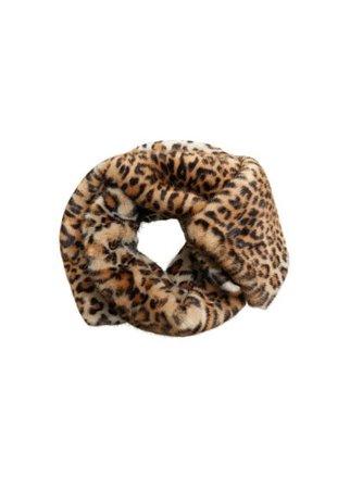 MANGO Faux fur leopard stole