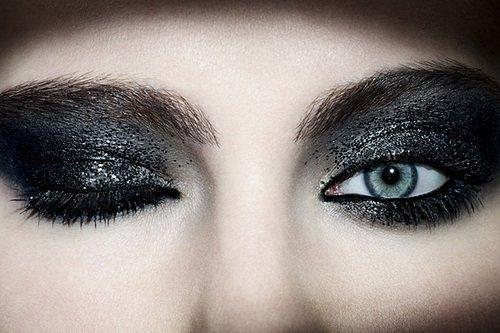 sparkle-black-eyeshadow-makeup-trends-2015.jpeg (500×333)