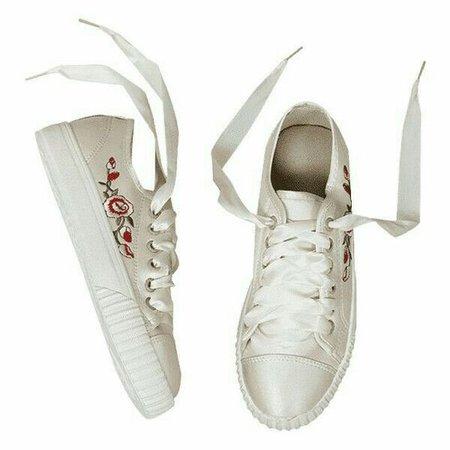 Rose Sneakers