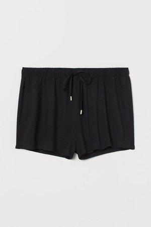 Pull-on Shorts - Black