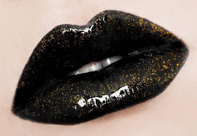 Black-Glitter-Lipstick.jpg (640×440)