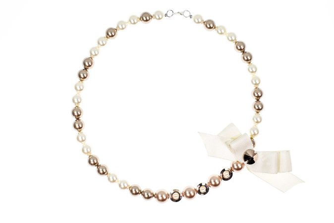 AW pearl necklace