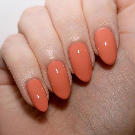 Orange/Peach Nails