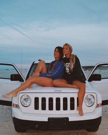 Jeep besties