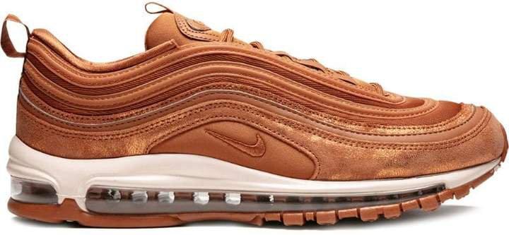 97 SE sneakers