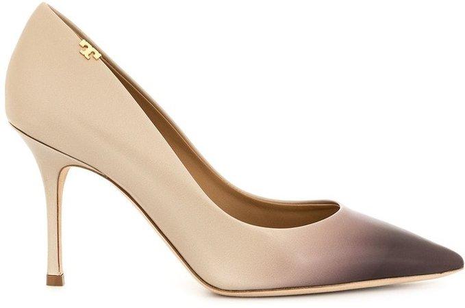 Penelope pumps