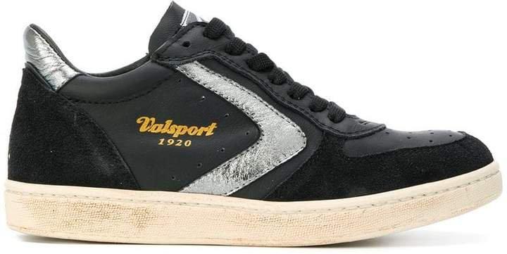 Davis 230 sneakers