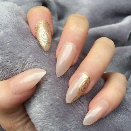Sheer Mocha Gold Floral Stiletto – Doobys Nails