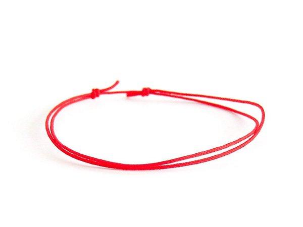 Red lucky string bracelet