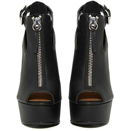 Shoe Cult Spike Out Heel