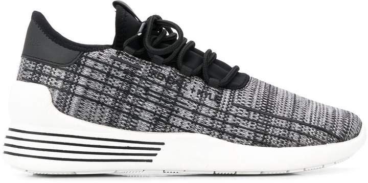 Dreeze sneakers