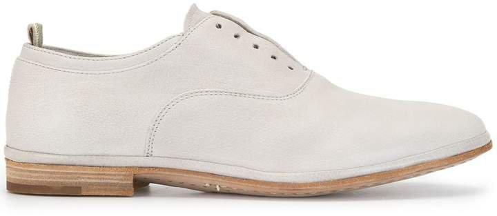California oxford shoes