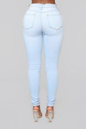 Classic Mid Rise Skinny Jeans - Light Blue Wash – Fashion Nova