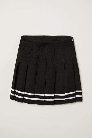 Short Pleated Skirt - Black