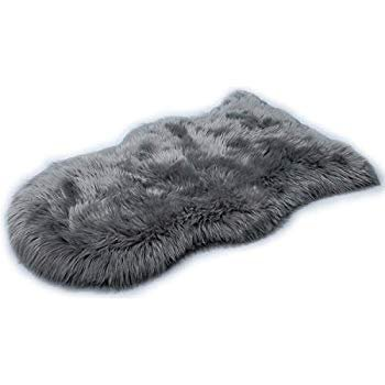 Amazon.com: HLZHOU New 2019 Upgraded Non-Slip Faux Fur Rug, Fluffy Rug, Shaggy Rugs, Faux Sheepskin Rugs Floor Carpet for Bedrooms Living Room Kids Rooms Decor (2x3 Feet (60 x 90cm), Gray): Kitchen & Dining
