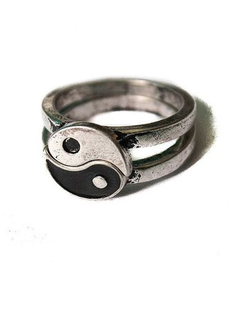 90s Yin Yang Ring
