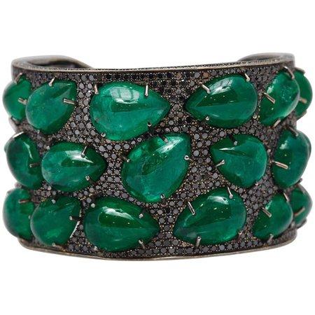 Emerald Black Diamond Gold Bracelet