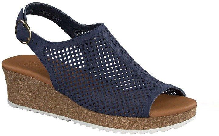 Cleo Wedge Sandal