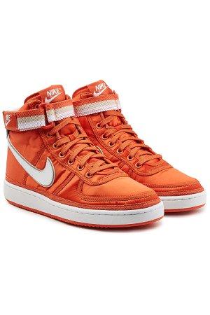 Vandal High-Top Sneakers Gr. US 8