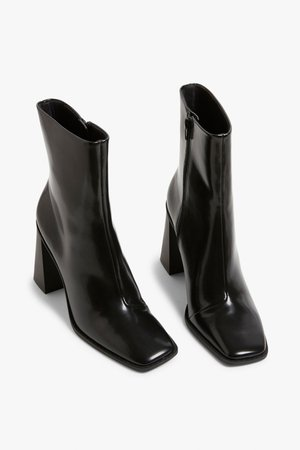 Square-toe heel boots - Black - Shoes - Monki WW