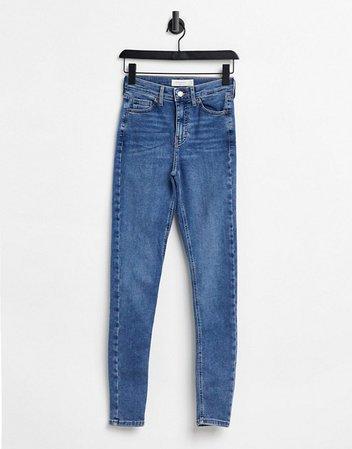 Topshop Jamie jeans in mid wash blue | ASOS