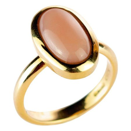 Pink Coral Central Oval Cabochon 18 Karat Yellow Gold Craft Cocktail Ring For Sale at 1stDibs