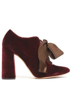 Lace-up velvet pumps | CHLOÉ | Sale up to 70% off | THE OUTNET