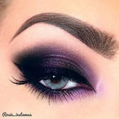 Dark Purple Eyeshadow
