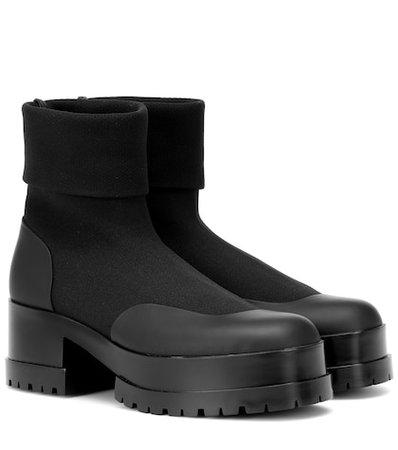 Wanda ankle boots