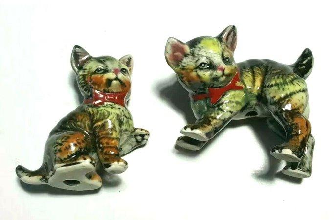 Set Of 2Vintage Ceramic Cats Red Bow Playful Kittens Tabby Stripe japan crazing | eBay