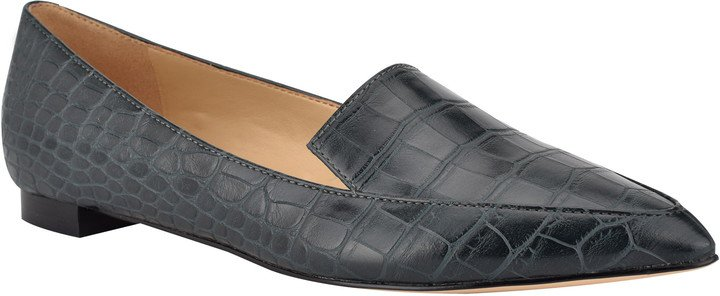 'Abay' Pointy Toe Loafer