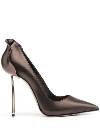 Le Silla, Pointed Sculpted Detail Pumps