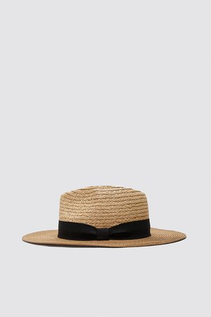 HAT WITH CONTRAST BAND | ZARA India