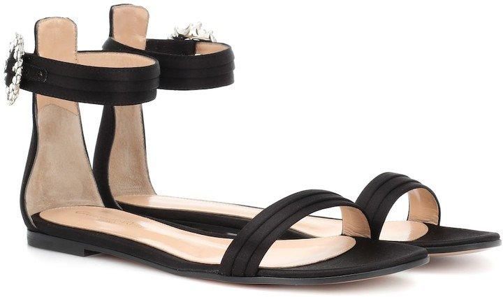 Portofino Flat satin sandals