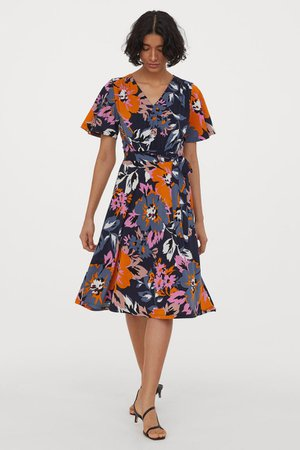 Crêped Jersey Dress - Dark blue/large flowers - Ladies | H&M US