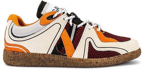 Sporty Mix Sneaker