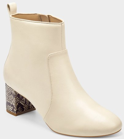 cream boots Aerosole
