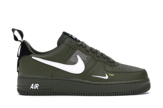 green sneaker Air Force 1 one